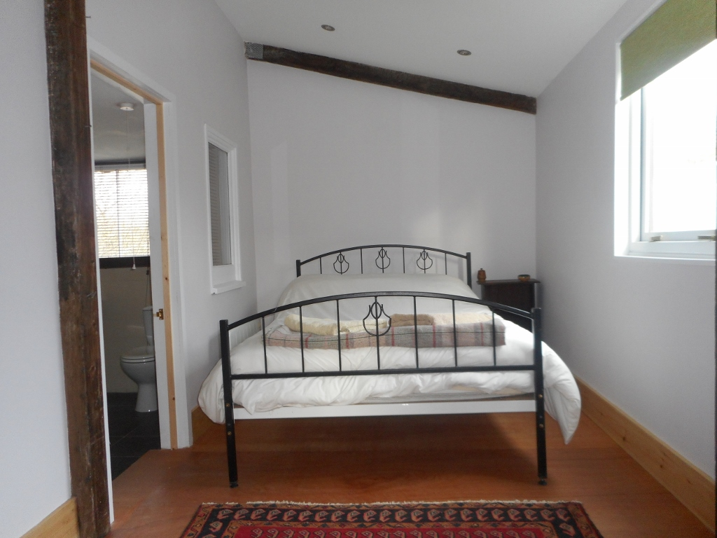double-bedroom-with-ensuite
